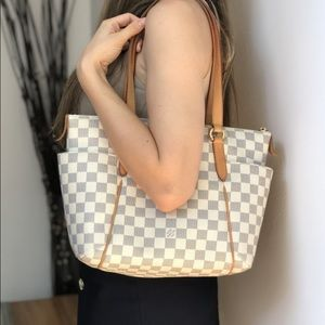 AUTHENTIC LOUIS VUITTON HAND BAG Damier Totally PM